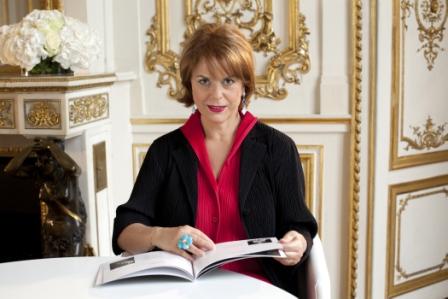 Marie Vallanet crée des « amateurs éclairés » des Arts Joailliers