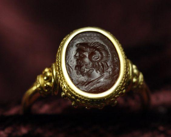 intaille romaine - Jupiter sérapis - fabian de montjoye
