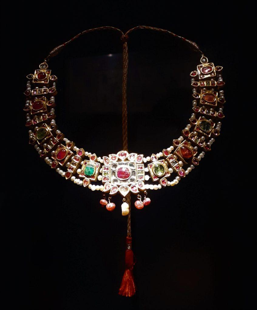 collier indien technique kundan XVIII