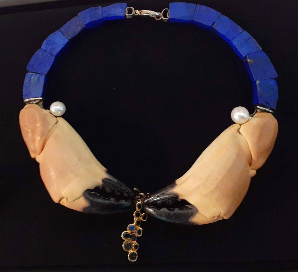 Jean Vendome, pince de crabe et lapis lazuli