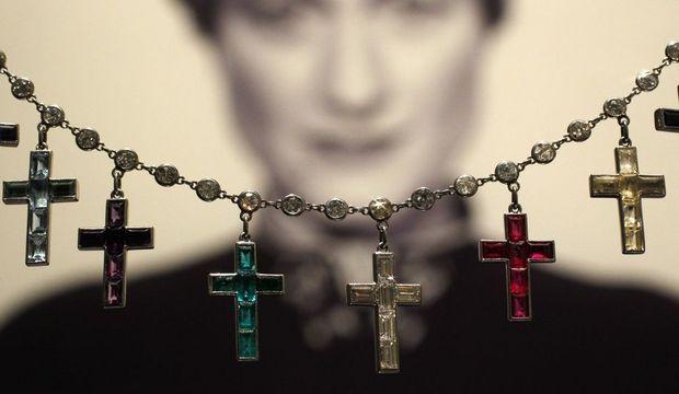 charm's en croix