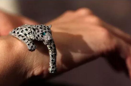 panthère bracelet souple Cartier