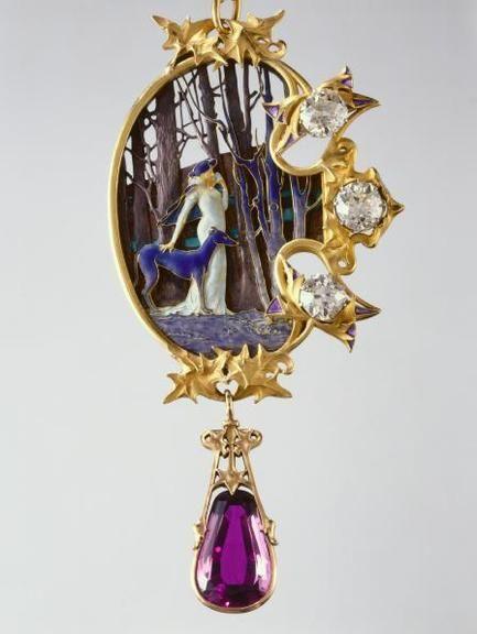 Broche Lalique pour Sarah Bernhardt - Mélissinde dans Princesse lointaine