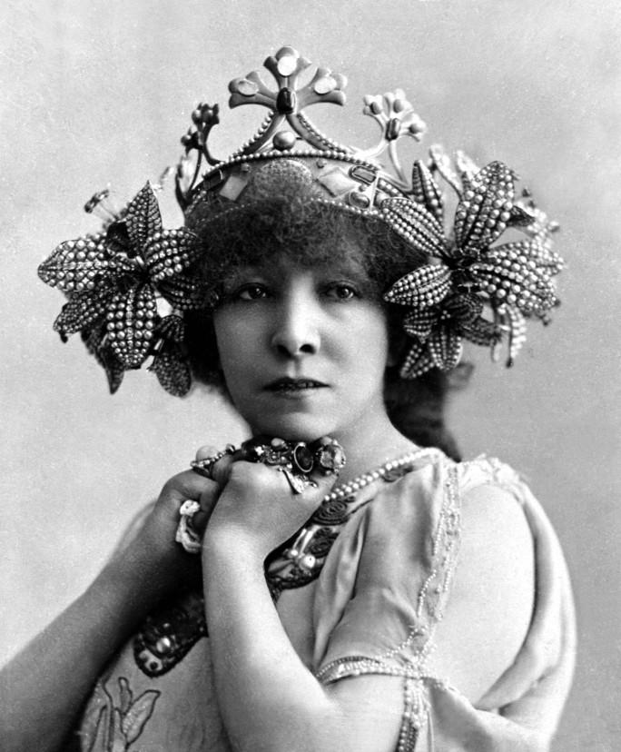 couronne Lalique pour Sarah Bernhardt - Mélissinde dans Princesse lointaine